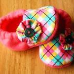 Pink Argyle with Button Flowers Fle..