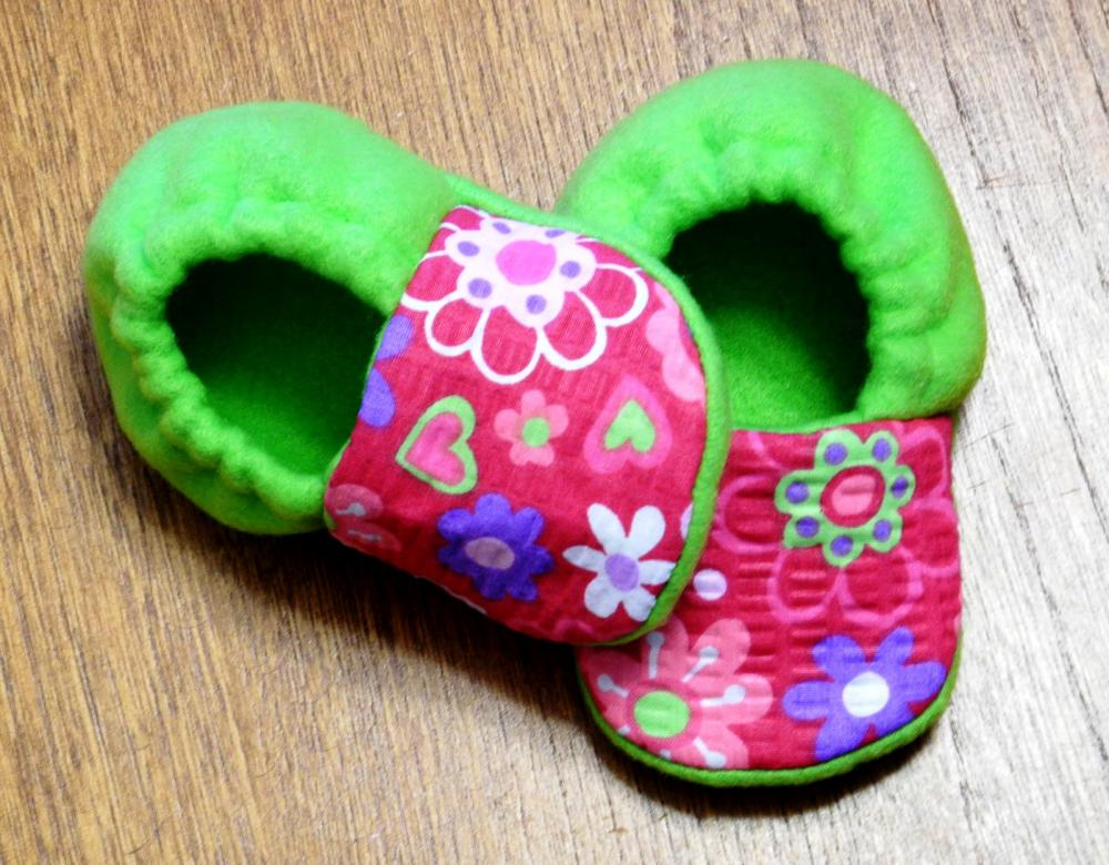 Flowerama and Lime Green Fleece Baby Booties